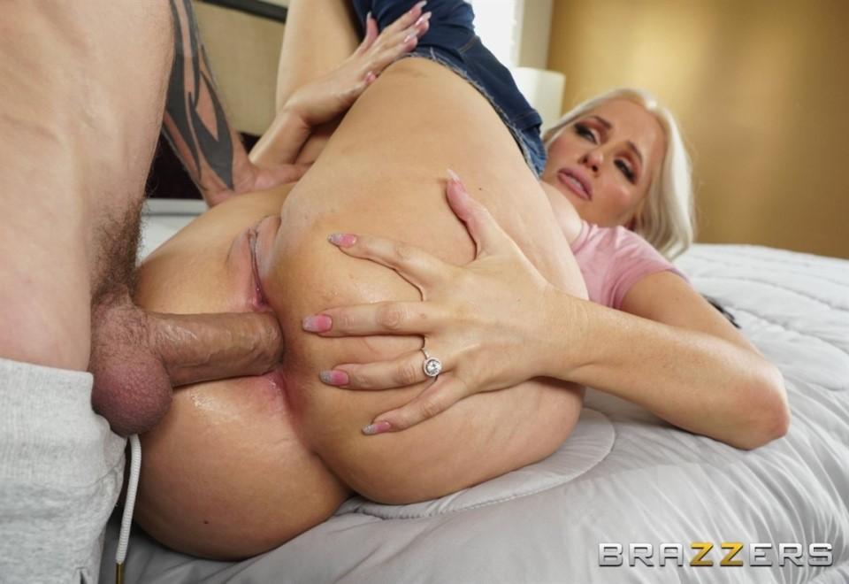 [HD] Alena Croft - Anal Stretching In The Shower - Alena Croft - SiteRip-00:38:50 | Milf, Big Tits, All Sex - 860,5 MB