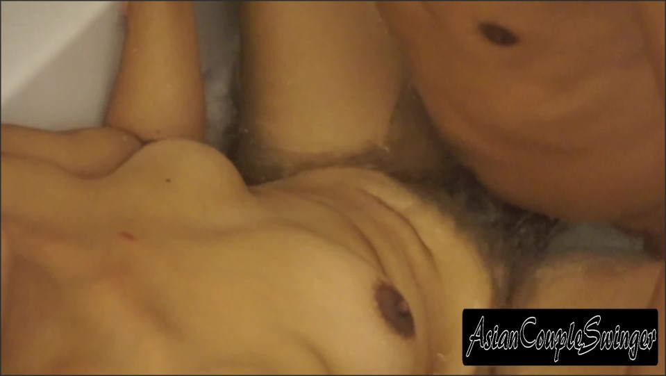 [Full HD] asian couple fucked in a jacuzzi spa   - AsianCoupleSwinger - -00:10:56 | Amateur, Asian - 235,1 MB