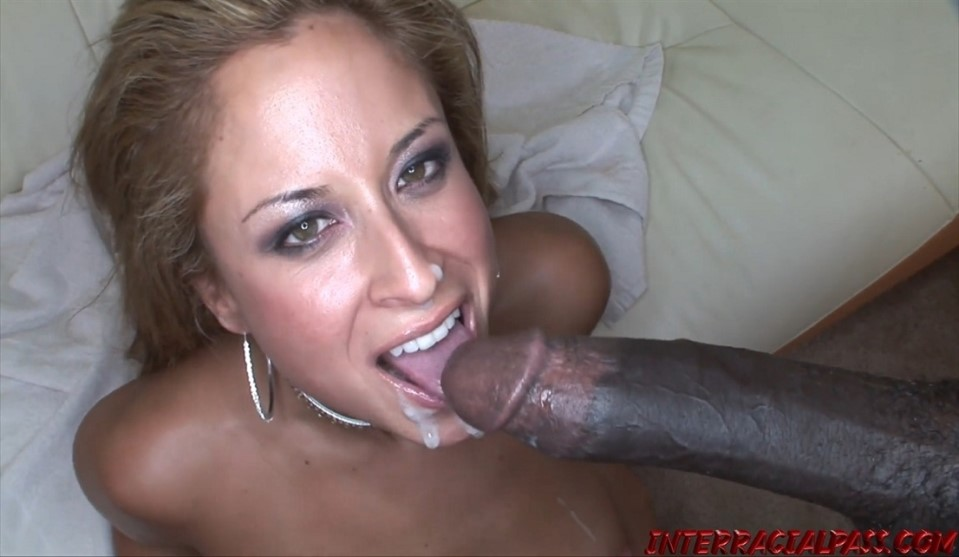 [Full HD] August - August Gets Her BBC Fill Of A Real Mann August - SiteRip-00:31:58   1080p, Abominable Black Man - 1,5 GB