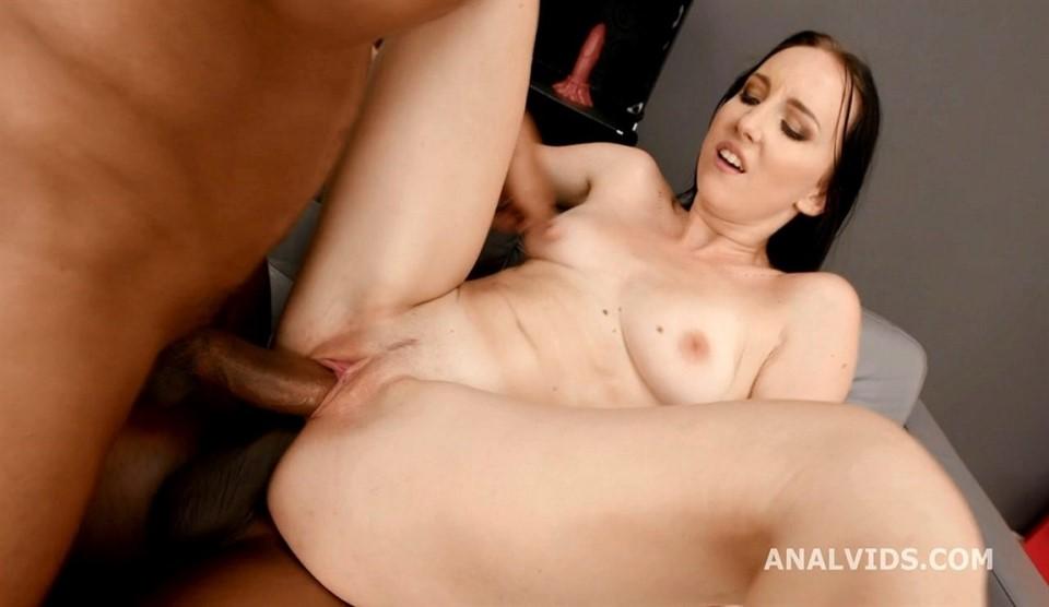 [HD] Bella Angel Threesome, Interracial, 720p - Bella Angel - SiteRip-00:47:07   Dp, Bbc - 1,6 GB