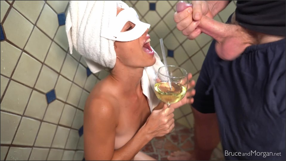 [Full HD] bruce and morgan what i love about piss and cum - bruceandmorgan - ManyVids-00:07:17   Solo Female, Pee, Close-ups - 279,5 MB