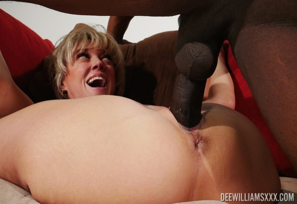 [4K Ultra HD] Dee Williams - In PTA & Monster Cock Investigation - Mix - SiteRip-00:21:09 | Gonzo, Interracial - 1,5 GB