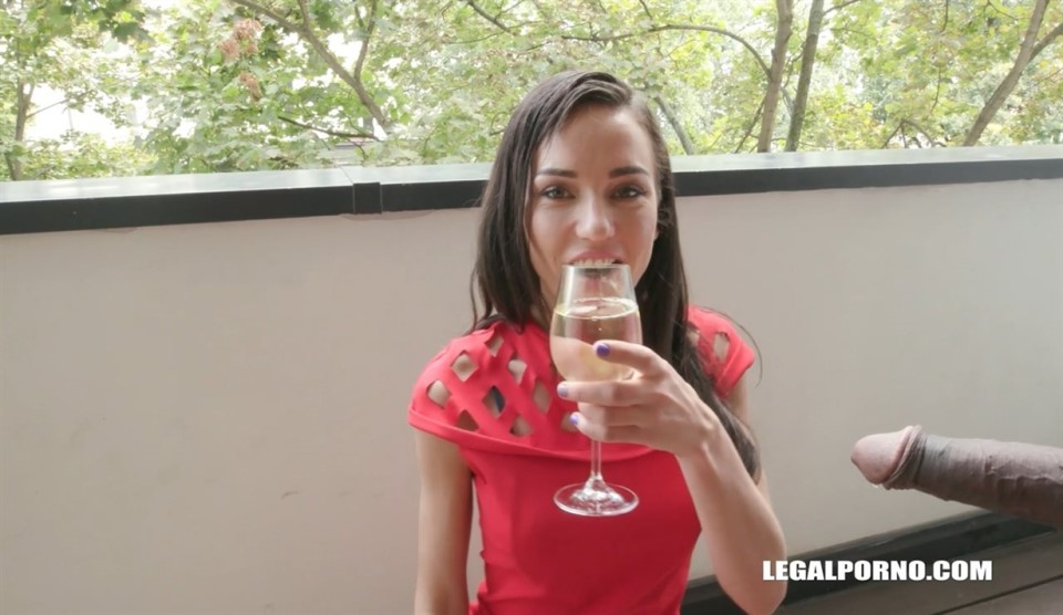 [HD] Destroying & degrading Nataly Gold IV201 Nataly Gold, Joachim Kessef, Tony Brooklyn, Max Rajoy, Darnell Black - SiteRip-00:54:28 | Gangbang, Dap, Interracial - 1,7 GB