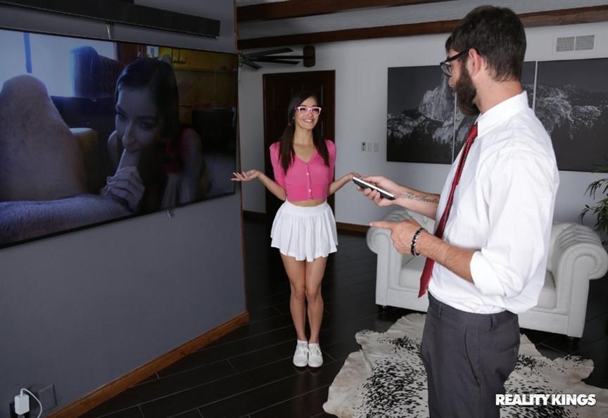 [Full HD] Emily Willis - Cocked On Camera Emily Willis - SiteRip-00:29:25 | Oral, Brunette - 1,3 GB