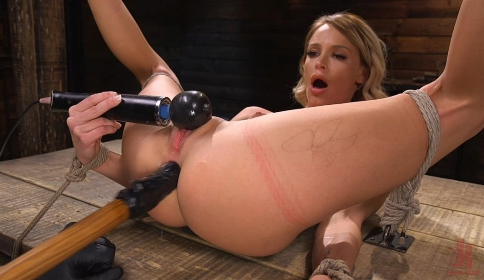 [LQ] Emma Hix Sexy Slut Suffers Sensually Emma Hix - HogTied.com-00:52:14   Bondage, Fingering, Suspension - 311 MB