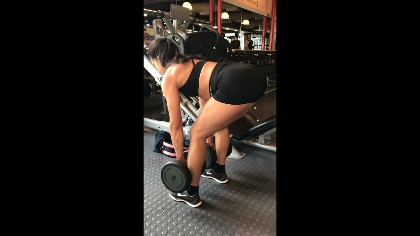 [] insatiablebabe muscular girl training at gym InsatiableBabe - ManyVids-00:03:28   Muscular Women, Legs - 343,4 MB