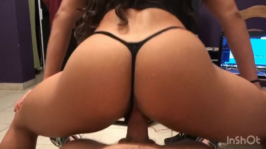 [Full HD] insatiablebabe pov black thong InsatiableBabe - ManyVids-00:09:58 | Amateur, Ass Fetish, Pov - 584,6 MB
