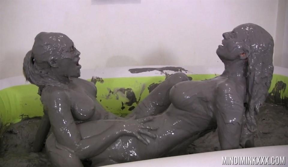 [Full HD] Mindi Mink & Amy - In Lesbian Mud Spa Treatment - Mix - SiteRip-00:24:43 | Lesbian, Masturbation - 1,8 GB