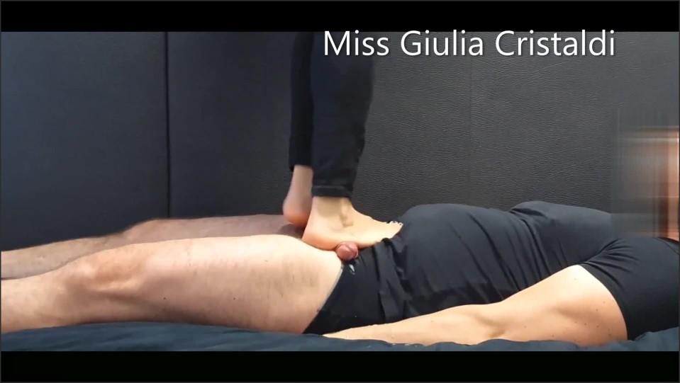 [Full HD] miss giulia cumshot compilation cock trampling footjob shoejob handjob   - Miss Giulia - -00:06:22 | Cumshot, Piedi, Feet - 80,8 MB