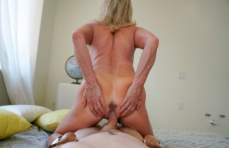 [HD] Payton Hall - Becoming a Man - Payton Hall - SiteRip-00:41:09 | Milf, All Sex, Blowjob - 1,8 GB