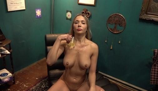 [4K Ultra HD] Polina Maxim - Stříkající kráska Polina Mix - SiteRip-00:28:48 | Hypnotized Anal Beauty Blonde Blowjob Hardcore Squirt - 2,8 GB