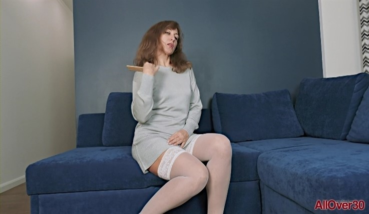 [Full HD] Rafaella - Mature Pleasure 27.05.20 RafaellaModels Age: 47 - SiteRip-00:15:24 | Solo, Masturbate, Mature - 954,2 MB