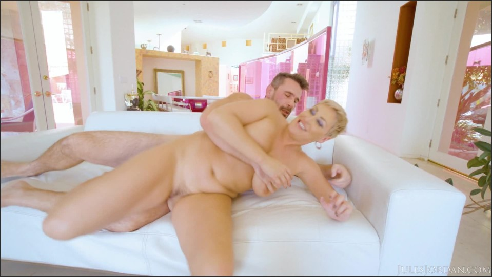 [Full HD] Ryan Keely - Big Butt MILF Ryan Keely Has Her Way With The Mix - SiteRip-00:39:04 | Lingerie, Deep Throat - 2,1 GB