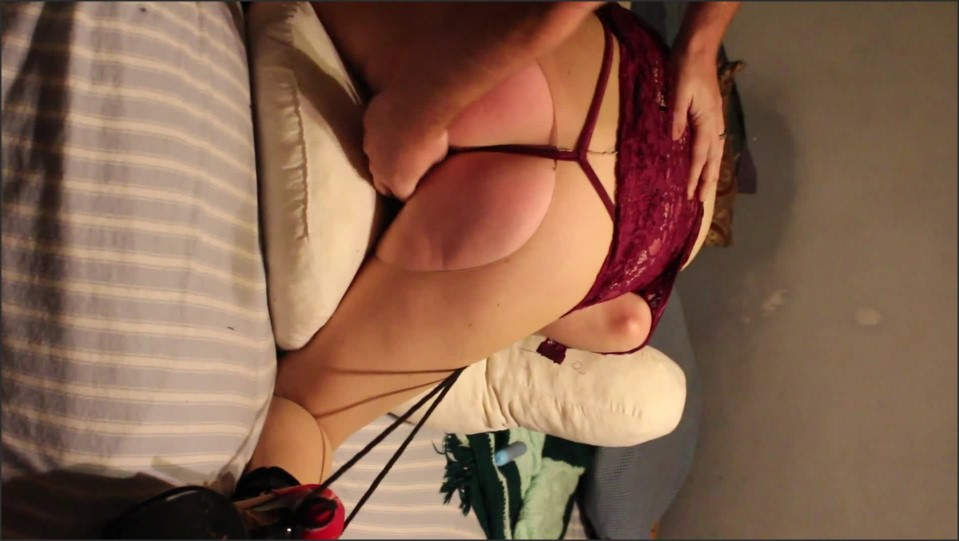 [Full HD] submissive wife is tied up whipped and toyed while she screams and make her suck my cock   - DD Squirts - -00:08:37 | Slave Wife, Female Orgasm - 200,3 MB