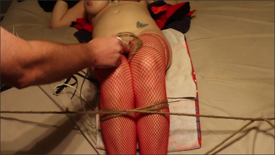 [Full HD] wife has clothes cut off and tied to bed with a vibrator on her clit as i whip smack and tease her   - DD Squirts - -00:07:12 | Tit Smacking, Bdsm Tit Whipping, Verified Couples - 154,1 MB