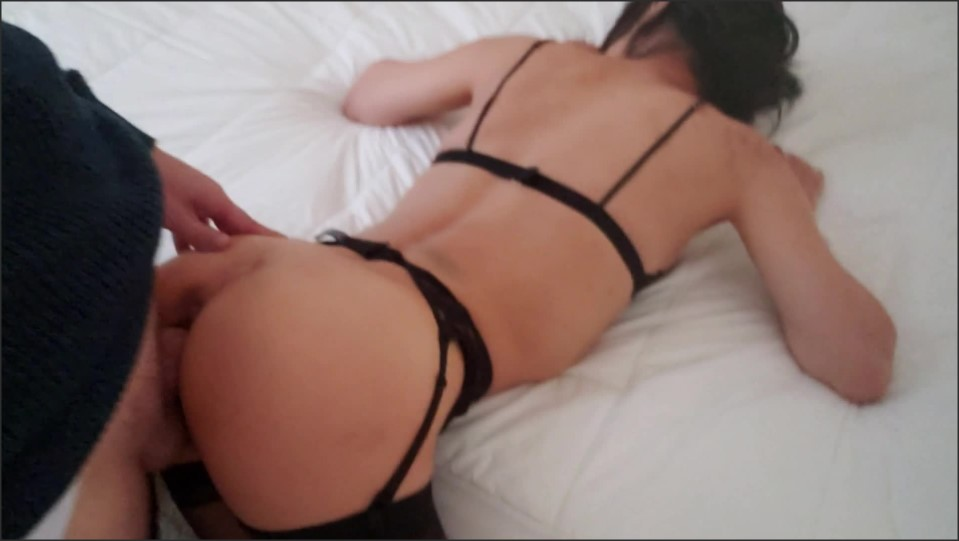 [Full HD] wife in black stocking and garter i cum on her pussy and she plays with it   - AnnaTenshi - -00:10:29   Blowjob, Exclusive, Verified Amateurs - 595,1 MB