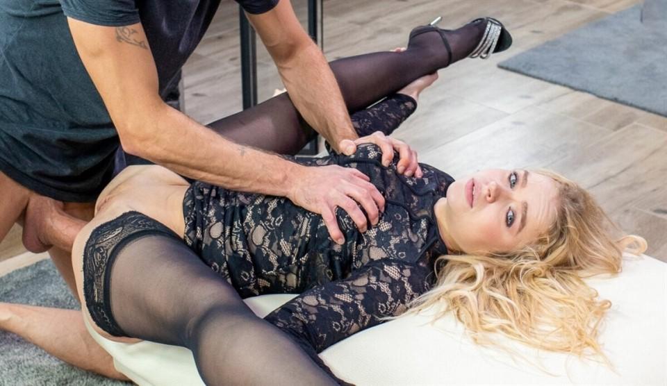 [Full HD] Alexa Flexy - Gorgeous blonde smashed in hardcore anal scene Alexa Flexy - SiteRip-00:26:55 | Anal Sex, Slapping, Deepthroat, Hard Fuck, Brutal, Russian Pornstar, Big Ass, Hardcore, All S...