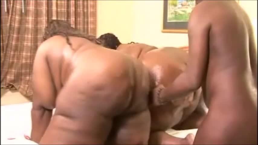 [SD] Bcmxxx Big Booty 3Some Pt2 BCMXXX - ManyVids-00:08:00 | Threesome,Ebony MILF,BBW,Doggystyle,Pussy Eating - 264,3 MB