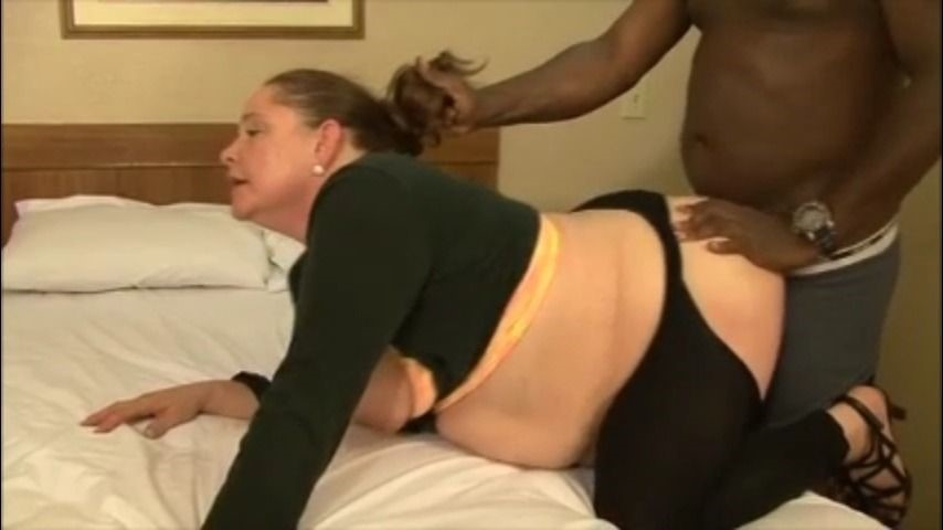 [LQ] Bcmxxx She Is Lusting For Bbc BCMXXX - ManyVids-00:38:02 | BBW Interracial,Facials,MILF,Rough Sex,Anal - 403,6 MB