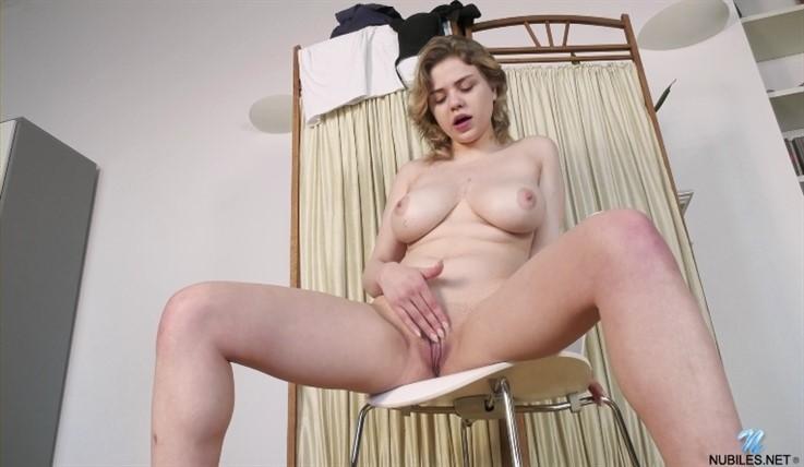 [Full HD] Bella Breeze - Big Tit Play 24.06.20 Mix - SiteRip-00:15:53   Solo, Panties, Shaved Pussy, Big Areolas, Blonde, Bras, Big Boobs, Short Hair - 753,1 MB