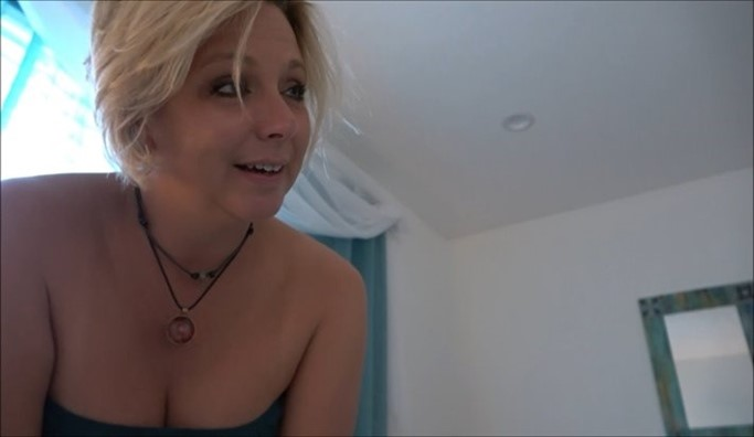 [Full HD] Brianna Beach - Step-Son's Secret Question Brianna Beach - SiteRip-00:20:17 | Family Sex, Taboo, POV, Mother, Son, Roleplay, Incest - 1,2 GB