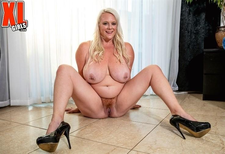 [4K Ultra HD] Cameron Skye - Tight Top Stretcher 07.01.21 Cameron Skye - SiteRip-00:19:46 | Big Tits, Solo, Masturbation, BBW, Blonde, Hairy Pussy, Toy, Mature, XLGirls, High Heels, Squirting, Big Ass - 4,2 GB