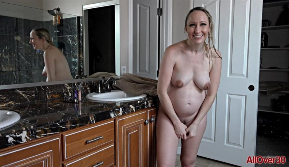 [Full HD] Crystal Clark - Out Takes 2020-10 Crystal Clark - AllOver30.com-00:09:59 | mature, interview, posing, pregnant, natural - 866,5 MB