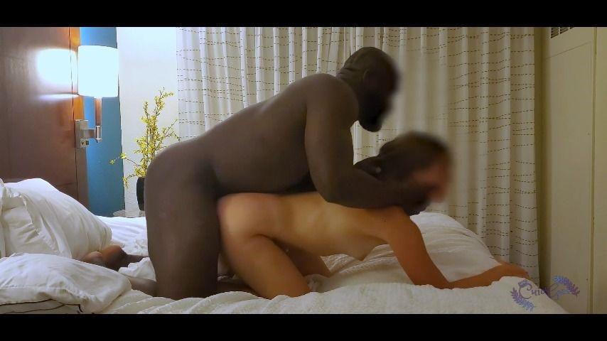 [] cuiogeo cuiogeo smashes petite hotwife sarah CuioGeo - ManyVids-00:03:03 | BBC,Cuckolding,Interracial - 107,7 MB