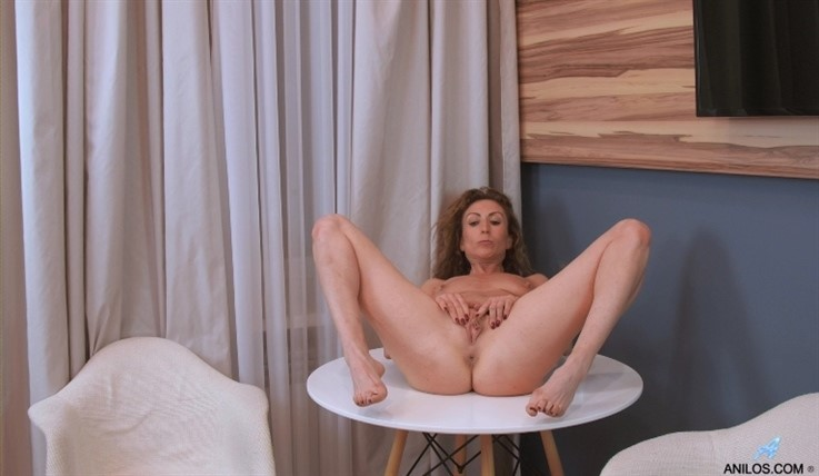 [Full HD] Dafna May - Naughty By Nature 27.03.20 Mix - SiteRip-00:14:11 | Lingerie, Short Girls, Long Hair, Fair Skin, Shaved Pussy, Solo, Office, Puffy Nipples, High Heels - 593,2 MB