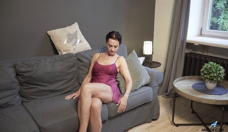 [Full HD] Daryna - How Its Done 14.06.20 Mix - SiteRip-00:16:01   Solo, Short Hair, Lingerie, Shaved Pussy, Puffy Nipples, Short Girls, Black Hair - 1,3 GB