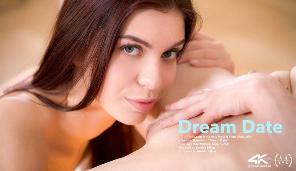[4K Ultra HD] Emily Mayers &Amp; Lana Bunny - Dream Date Emily Mayers &Amp; Lana Bunny - SiteRip-00:29:09 | Close Up, Lesbian, Tattoo, Pierced - 2,1 GB