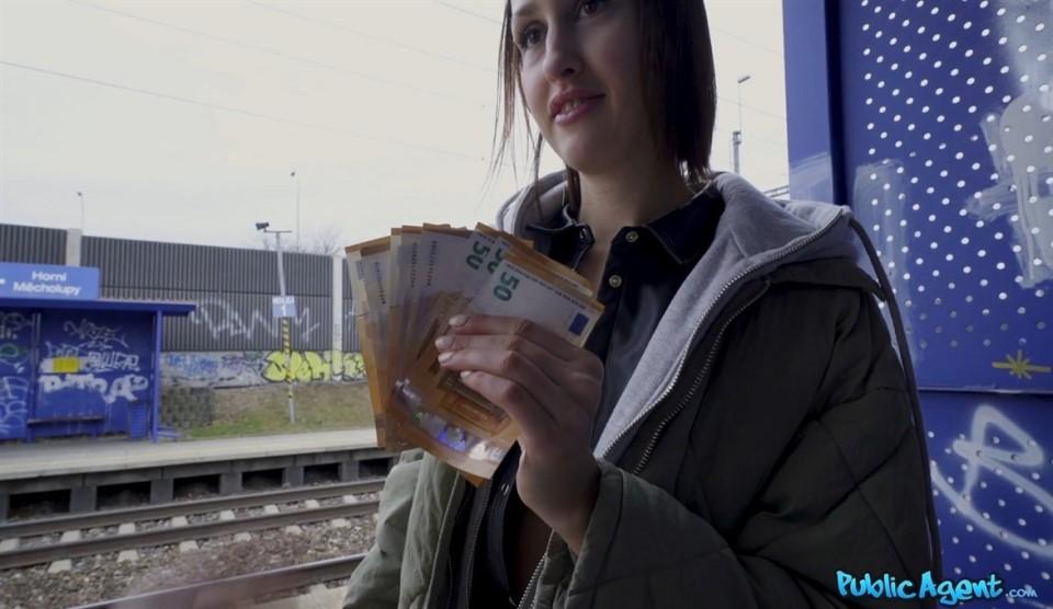 [Full HD] Jessika Night - Train Station Smoker Gets Fucked. 2020.03.10, All Sex, Blowjob, POV, 1080P Jessika Night - SiteRip-00:28:24 | All Sex, POV, Blowjob - 1,3 GB