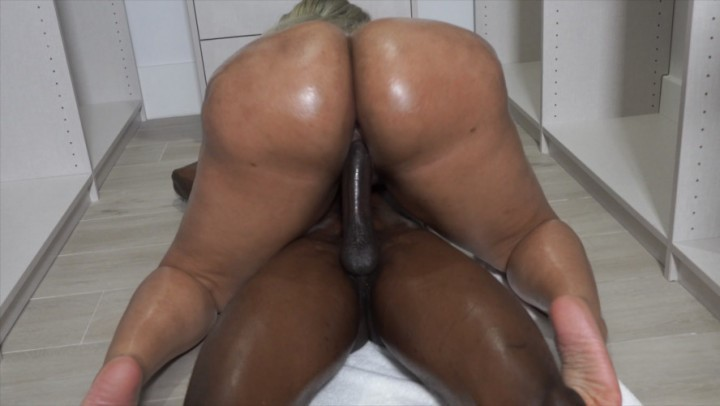 [Full HD] King Nasir King Nasir Vs Muvaphoenix King Nasir - ManyVids-00:09:28 | Ebony,Ass,Big Butts,Big Ass,BBW - 1,3 GB