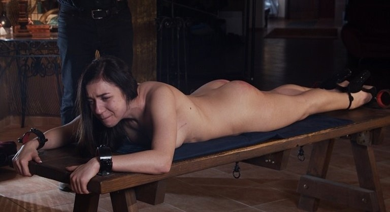 [HD] Kyra - Thorny Path To Salvation - Part 6 Mix - Graias.Com-00:11:43 | Humiliation, BDSM, Pain, Spanking, BBW, Whipping, Torture - 865,6 MB
