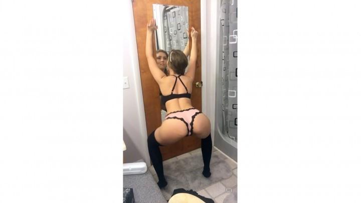 [HD] lena paul striptease and sexy dance compilation Lena Paul - ManyVids-00:10:42 | Bra & Panties,Dancing,Garter & Stockings,Strip Tease,Twerk - 622,7 MB