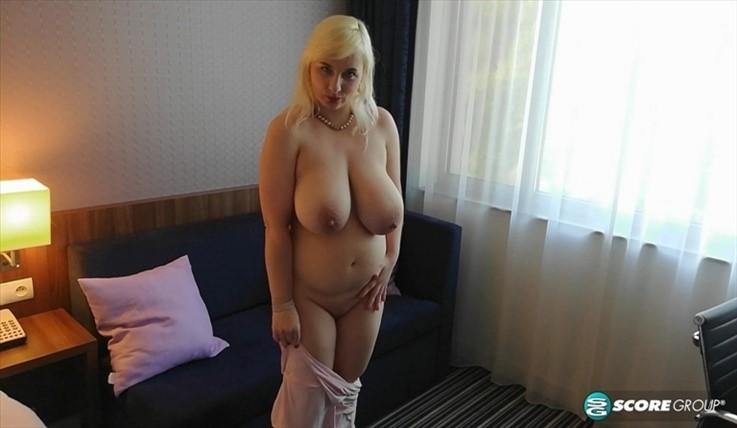 [4K Ultra HD] Lola Paradise - A Night With Lola Paradise 09.10.20 Lola Paradise - SiteRip-00:31:07 | Oil, XLGirls, Cumshot, TitFucking, Doggy Style, Blowjob, All Sex, Bathing, Big Tits, Big Ass, Bl...