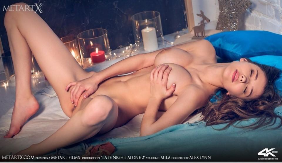 [Full HD] Mila Azul - Late Night Alone 2  Mila Azul - SiteRip-00:10:31 | Masturbation, Barefoot, Solo, Striptease, Posing - 376,5 MB