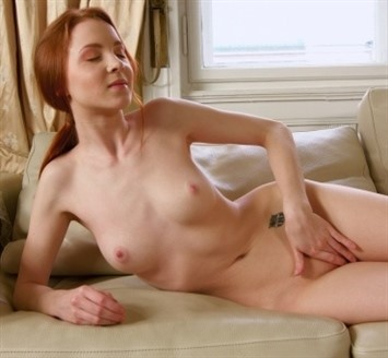 [Full HD] Mila Lukoshkina A.K.A. Brianna, Redly, Ruslana Mix - SiteRip-00:14:24 | Tatoo, Small Tits, Close Up, Masturbation, Red Hair - 1 GB