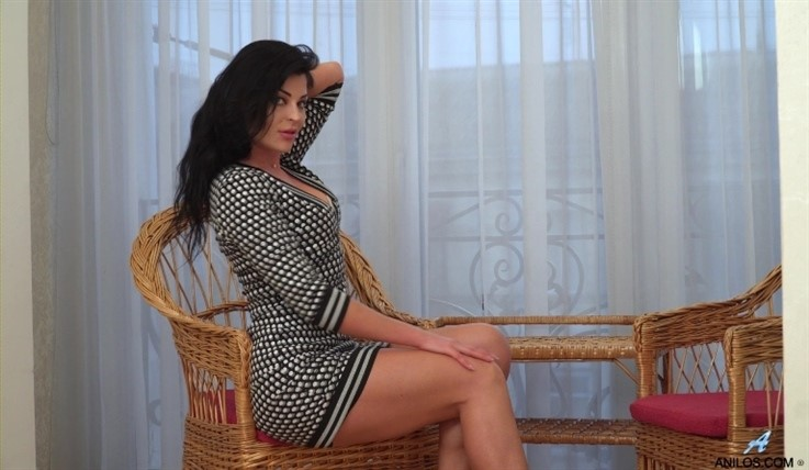 [Full HD] Milena - I Like To Play 15.07.20 Mix - SiteRip-00:14:26 | Solo, Shaved Pussy, Black Hair, Fair Skin, Short Girls, Panties, Puffy Nipples, Long Hair, Bras, High Heels - 1,5 GB