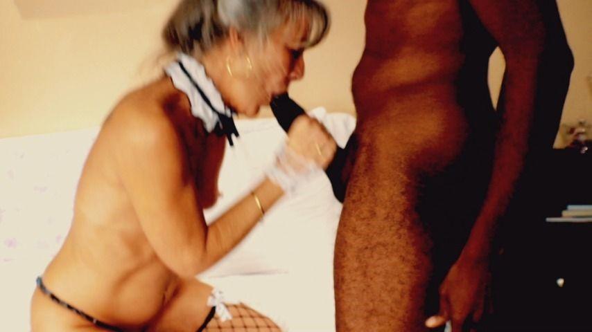 [Full HD] Milfonblack Gilf Maid Cosplay Interracial Creampie MilfonBlack - ManyVids-00:11:17   GILF,Interracial,Maid Fetish,Older Woman / Younger Man .,Skinny Women - 1010,9 MB