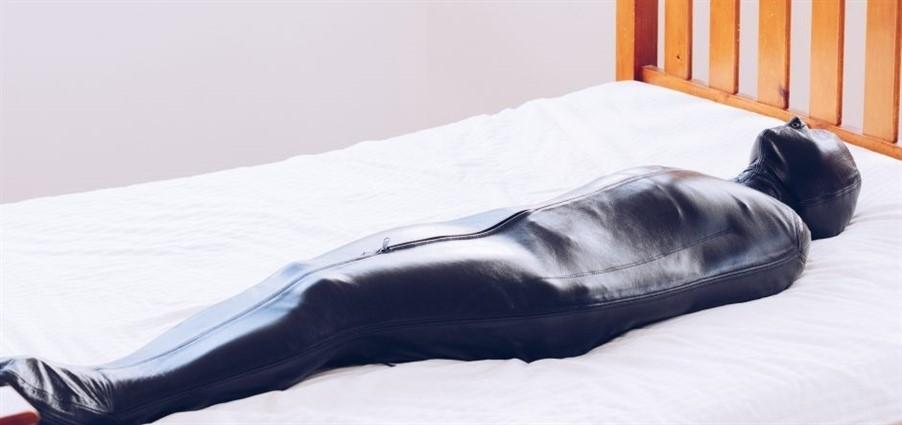 [Full HD] Mina - Minas Sleepsack Nap Mina - RestrictedSenses.Com-00:25:44 | Bondage - 1,8 GB