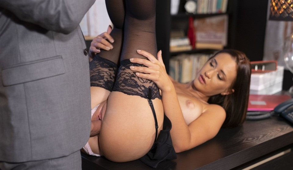 [HD] Mina Moreno - New secretary with big natural tits Mina Moreno - SiteRip-00:21:01 | Thong, Amateur, Small Ass, Doggystyle Standing, Secretary, Average Body, Side Rider, Side Fuck, Work Fantasie...