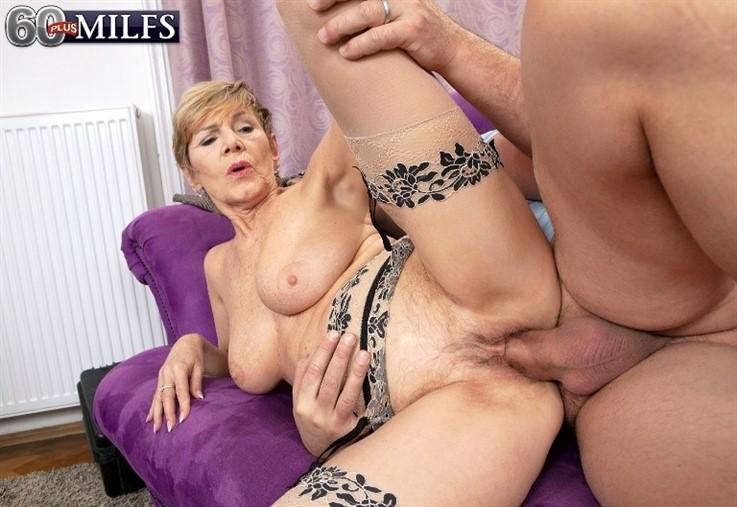 [Full HD] Nicol Mandorla - Granny Gets Hands On With The Handyman 21.01.21 Nicol Mandorla - SiteRip-00:27:27   GILF, Old And Young, Doggy Style, Mature, Blowjob, Big Tits, Cumshot, All Sex, Cum On Tits - 1,6 GB