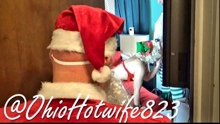 [HD] Ohiohotwife823 Santa Catches Risha OhioHotwife823 - ManyVids-00:03:19 | Christmas,Blowjob,Voyeur,Cheating Wife - 249,7 MB