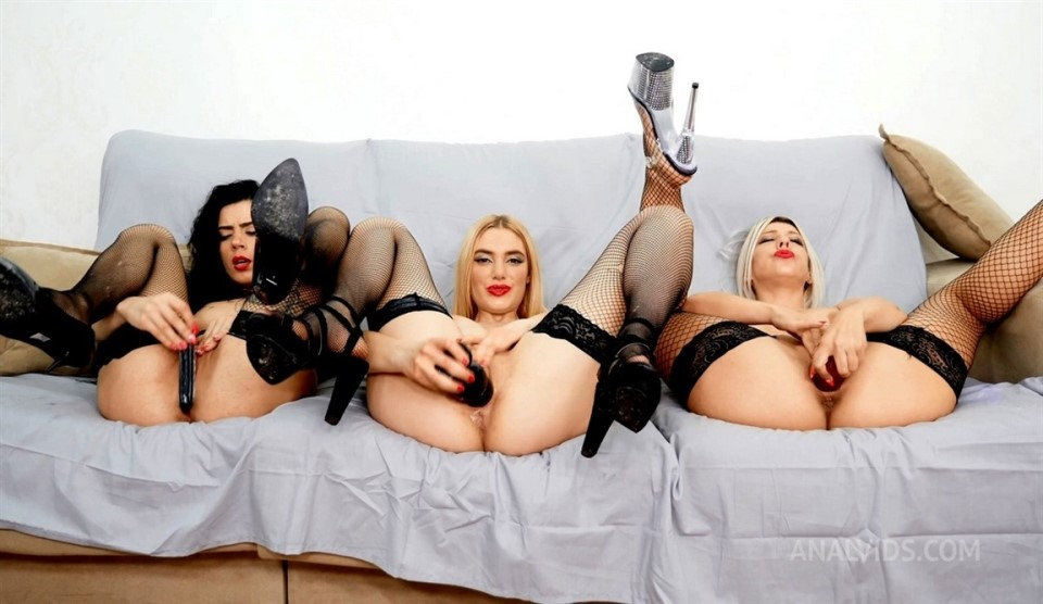 [Full HD] Paola Hard, Lily Doll, XXX Nikyta - Welcome To 2021 Orgy Party MRS004 Paola Hard, Lily Doll, XXX Nikyta - SiteRip-00:46:35   Hardcore, Interracial, Group, Anal, Double Penetration, Milf, ...