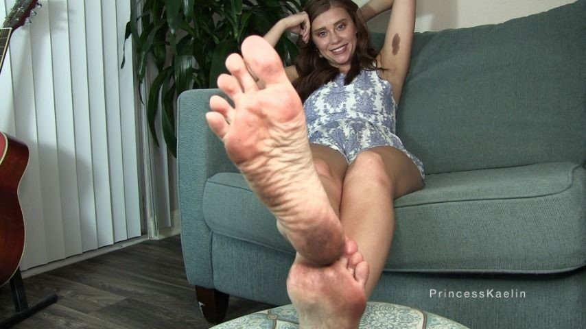 [Full HD] Princess Kaelin Cum On My Dirty Feet Princess Kaelin - ManyVids-00:06:59 | Dirty Feet,Female Domination,Feet JOI,Foot Fetish,Verbal Humiliation,SFW - 308,7 MB