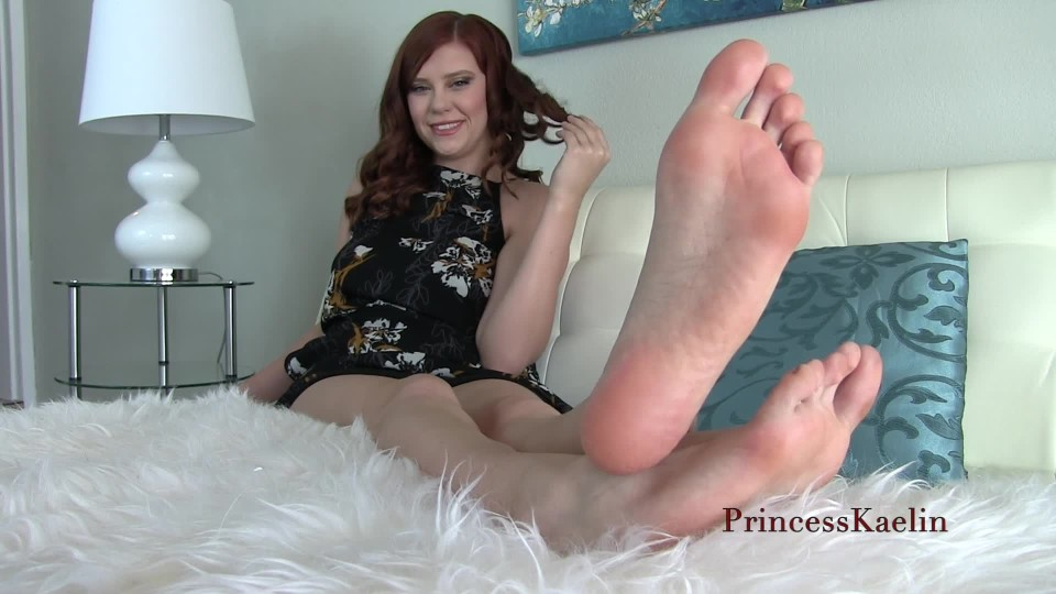 [Full HD] Princess Kaelin My Gift A Foot Slave Princess Kaelin - ManyVids-00:10:47 | Foot Domination,Foot Humiliation,Foot Fetish,Barefoot,Brat Girls - 180,8 MB