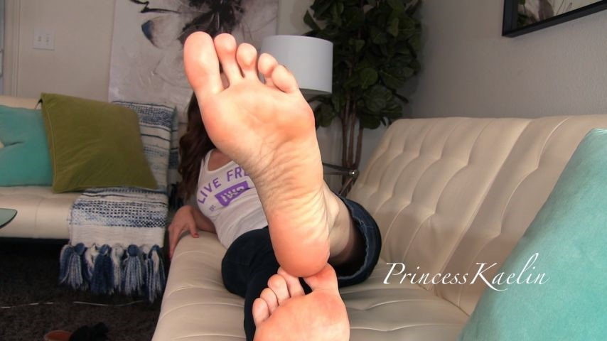 [Full HD] Princess Kaelin Sacred Soles Princess Kaelin - ManyVids-00:11:53 | Foot Domination,Religious,Femdom,POV Foot Worship,Female Domination - 526,1 MB