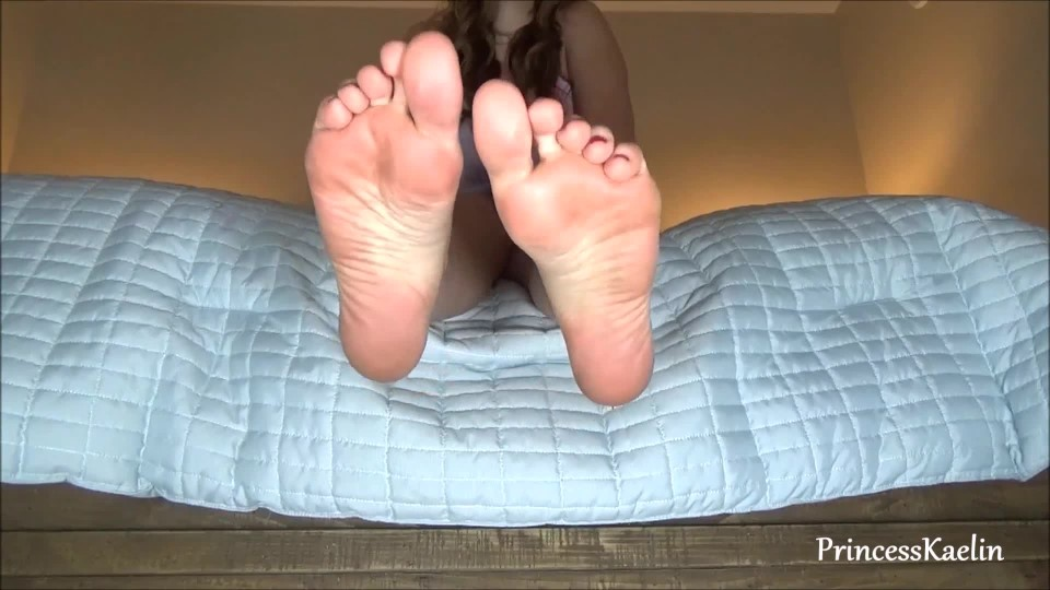 [Full HD] Princess Kaelin Totally Owned By My Feet Princess Kaelin - ManyVids-00:08:33 | Foot Fetish,Foot Domination,Long Toes,Financial Domination,Sensual Domination - 185,7 MB