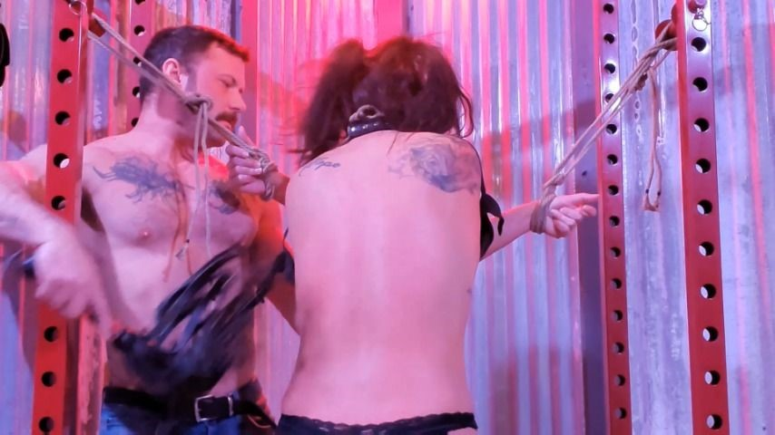 [Full HD] Sgt Miles Step Dad Punishes Daughter Sgt_Miles - ManyVids-00:25:45 | BDSM,Corporal Punishment,Domination,Flogging,Spanking - 883,6 MB